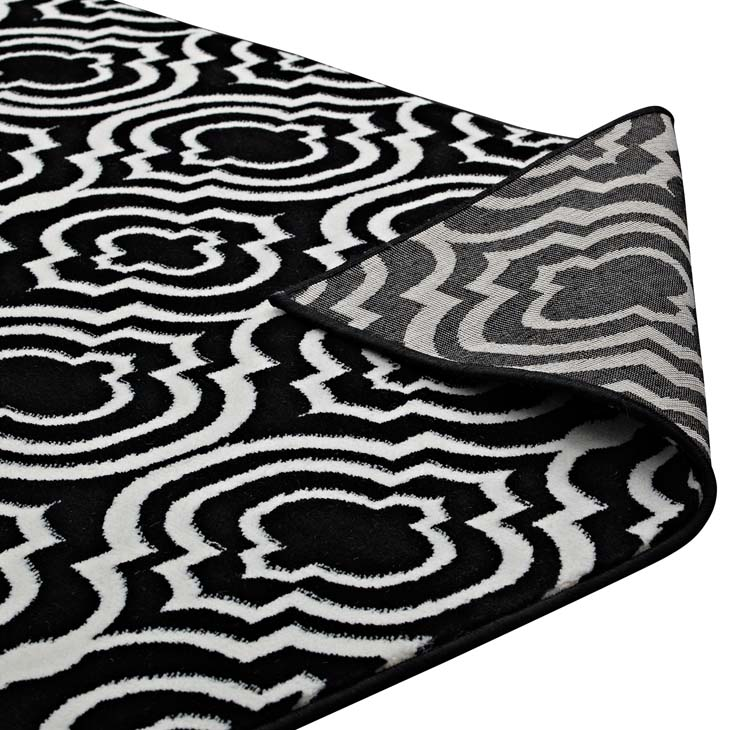 FRAME TRANSITIONAL MOROCCAN TRELLIS 5X8 AREA RUG IN BLACK AND WHITE