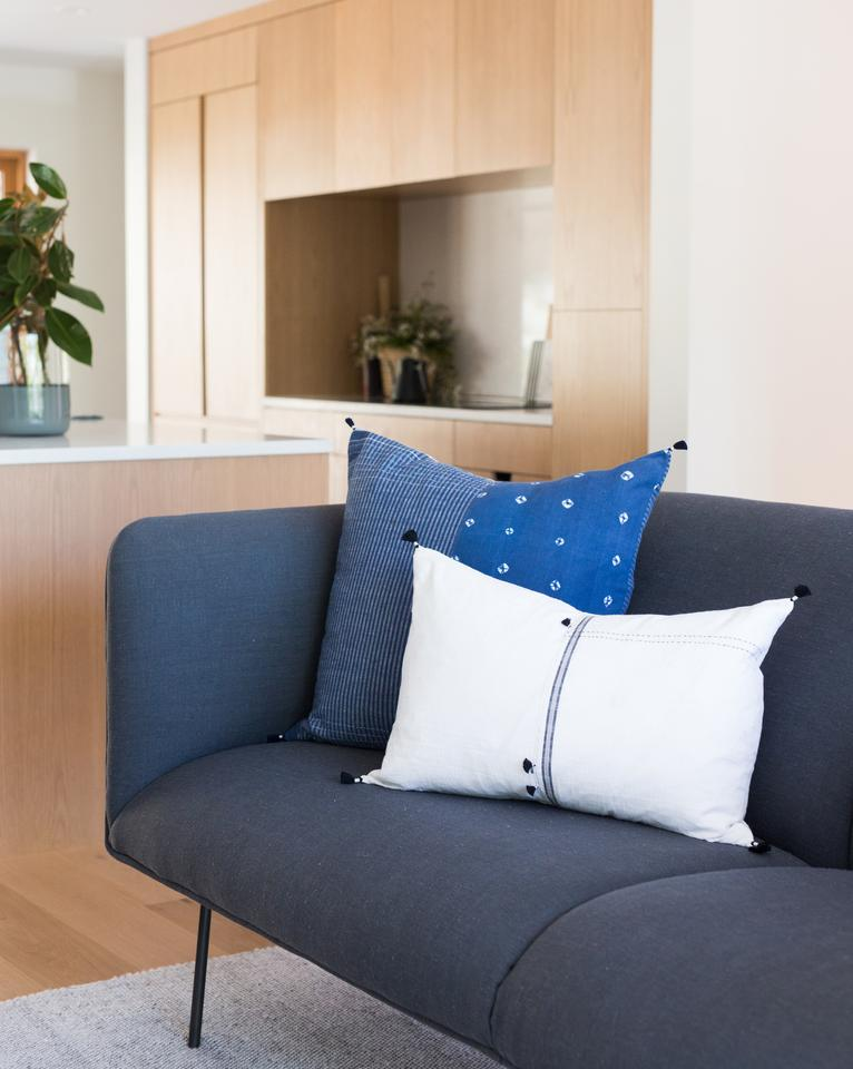 AARA PILLOW WITHOUT INSERT