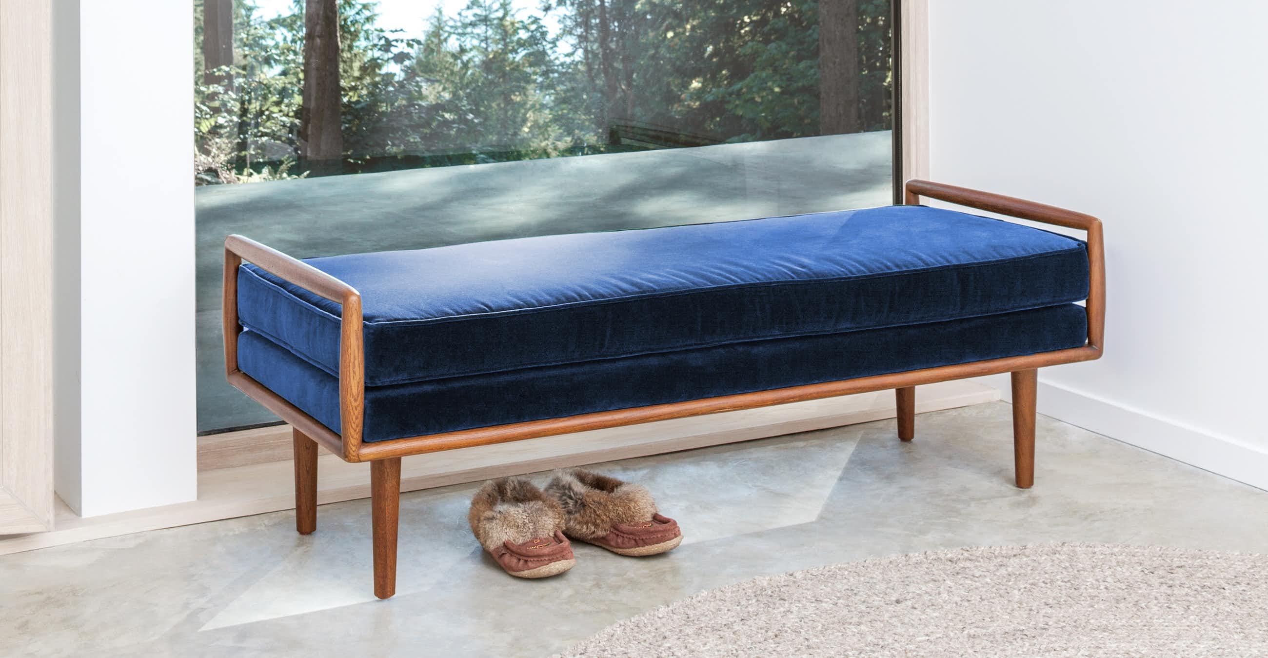 Ansa Cascadia Blue Bench