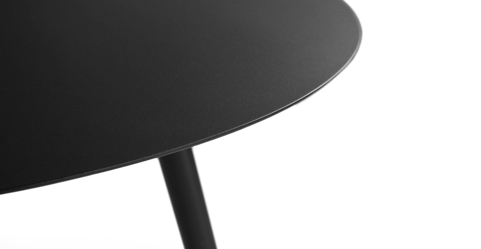 Ballo Round Dining Table