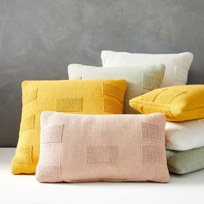 Outdoor Tufted Pillow - Pink Stone