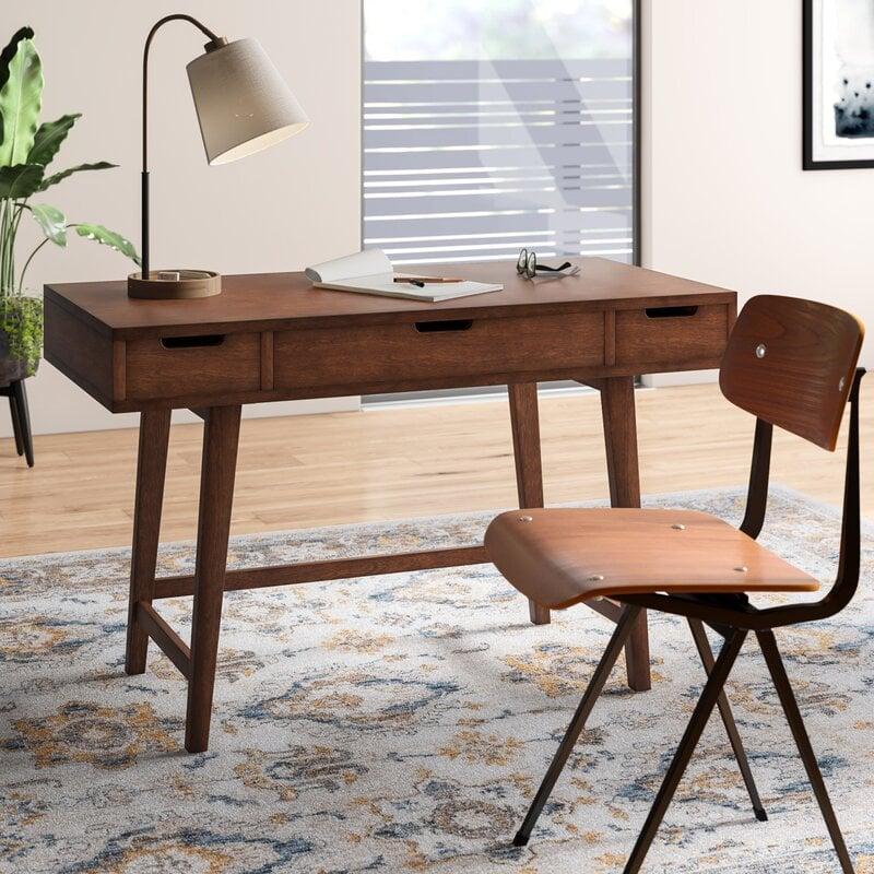 Wilbur Desk