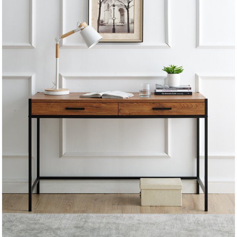 Harless Desk / Oak Brown
