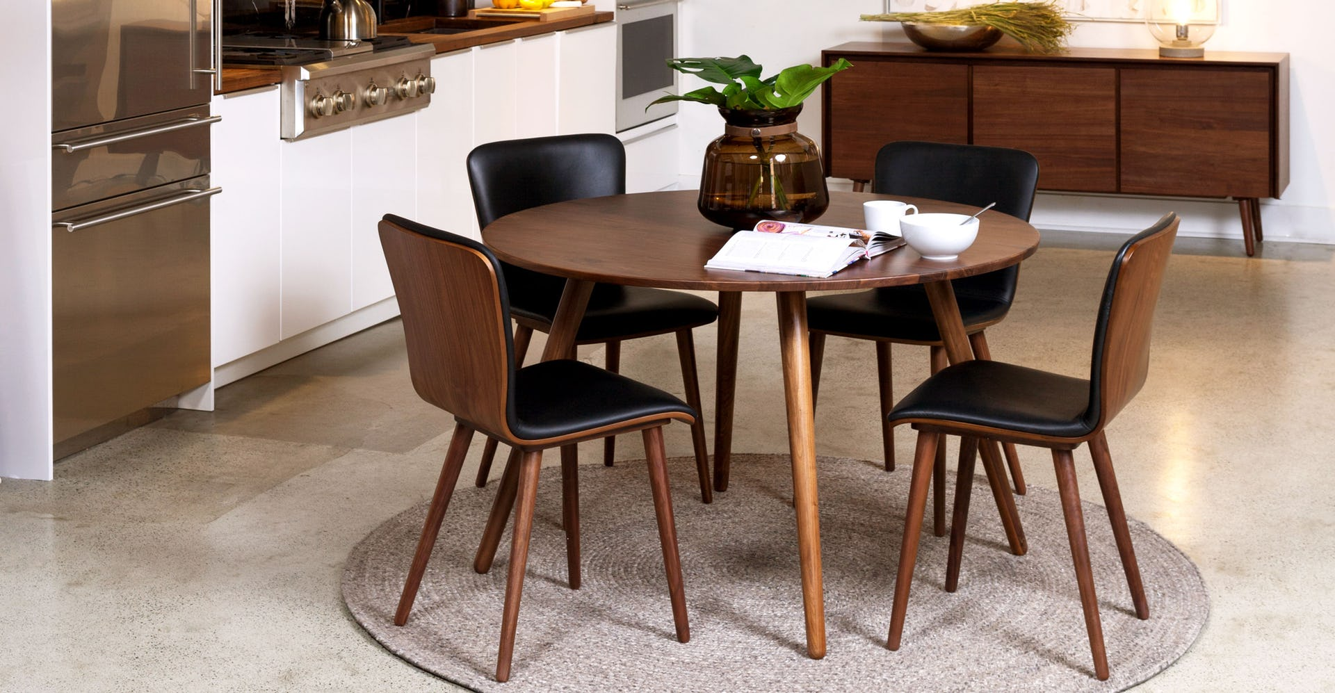 Sede Black Leather Walnut Dining Chair, set of 2