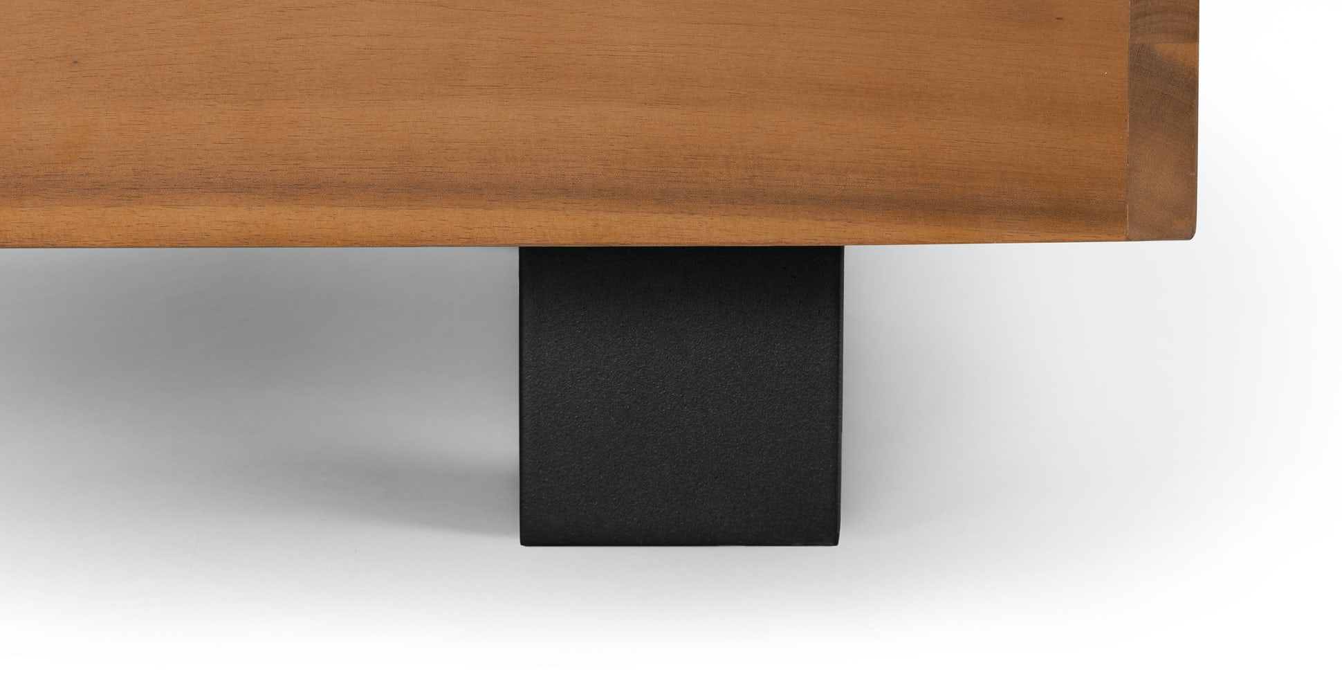 Lubek Sectional