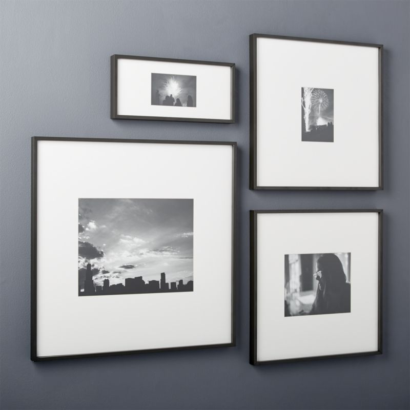 GALLERY BLACK 8X10 PICTURE FRAME