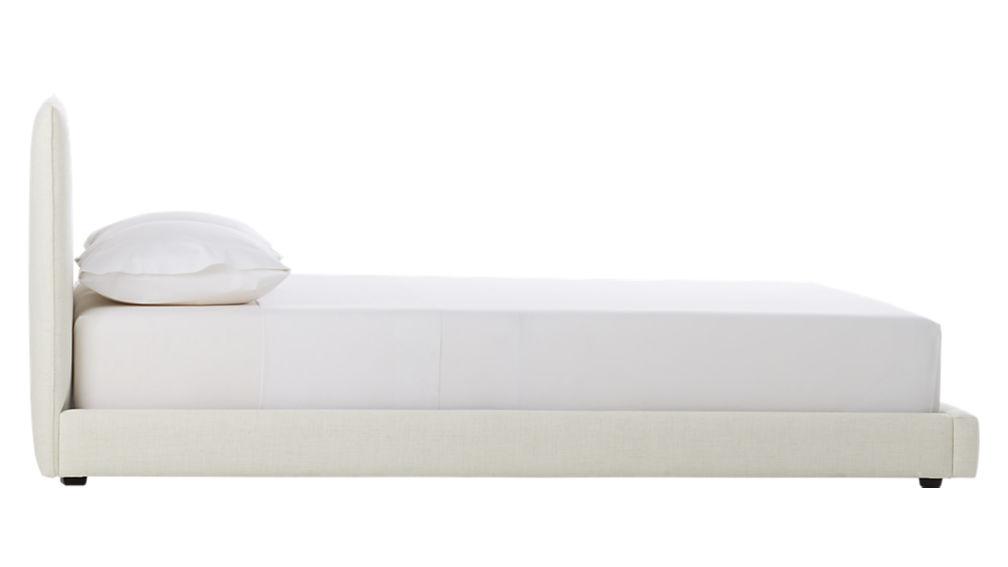 façade snow queen bed
