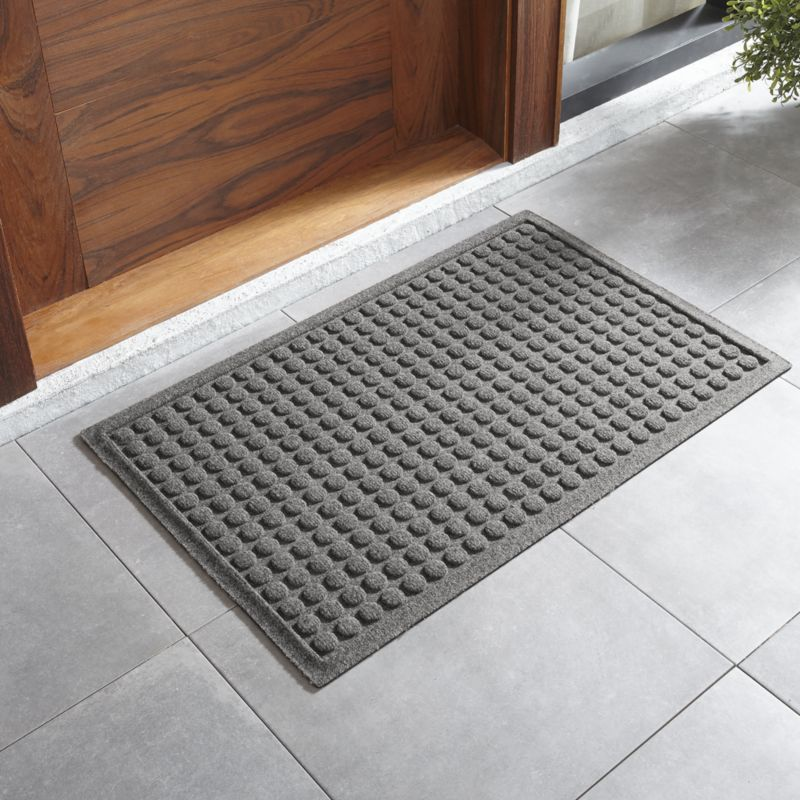 "Thirsty Dots ™ Light Grey Doormat 22""x34"""