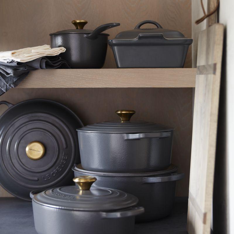Le Creuset ® Signature 5.5-Qt. Graphite Grey Round Dutch Oven