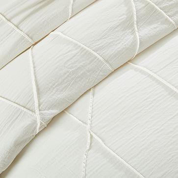 Organic Pleated Grid Standard Sham, White
