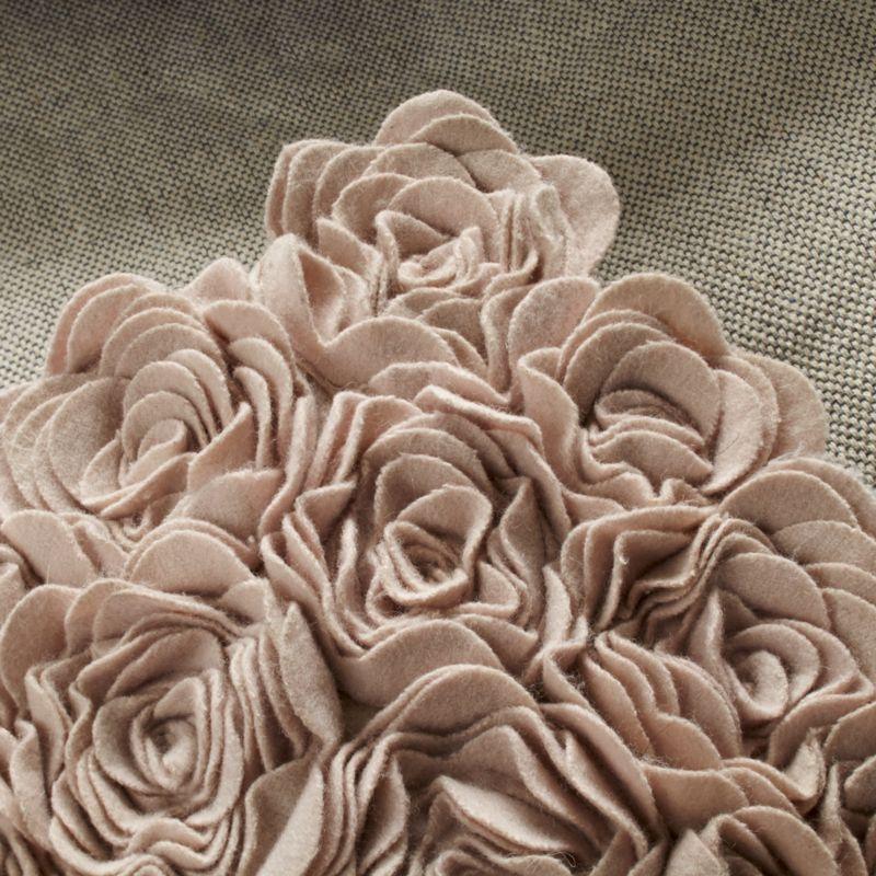 5x8' Pink Rose Rug