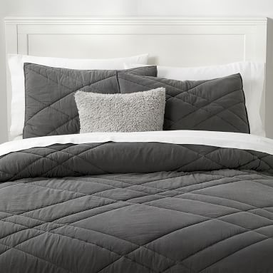 Ryder Rugged Quilt, Full/Queen, Faded Black