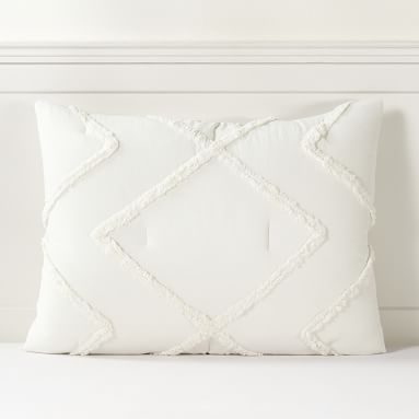 Ashlyn Tufted Comforter, Full/Queen, Ivory