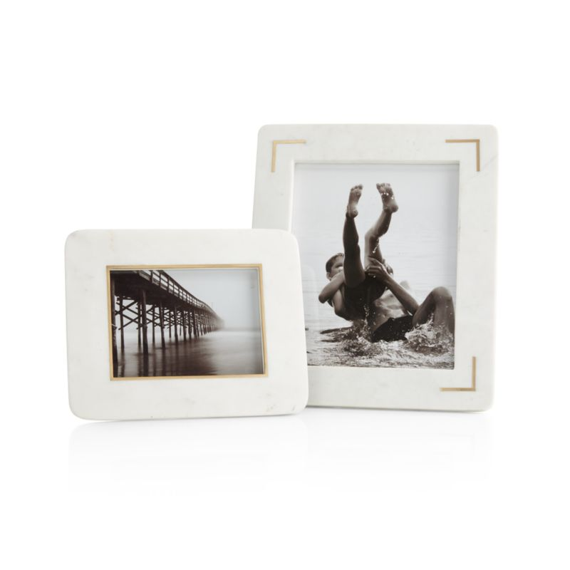"White Marble Picture Frame / 13""H x 11""H"
