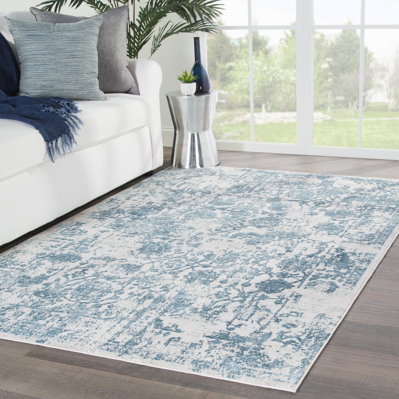 "Clara Floral Silver/ Blue Area Rug (7'6""X9'6"")"