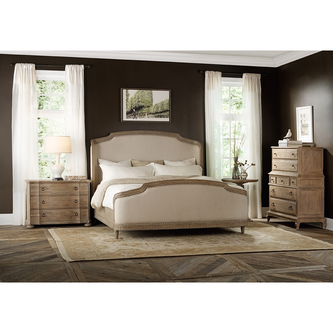 Moira French Country Upholstered Shelter Bed - Queen