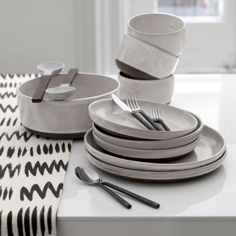 20-piece pattern 127 flatware set