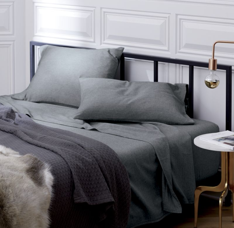 Alchemy Matte Black Full Bed