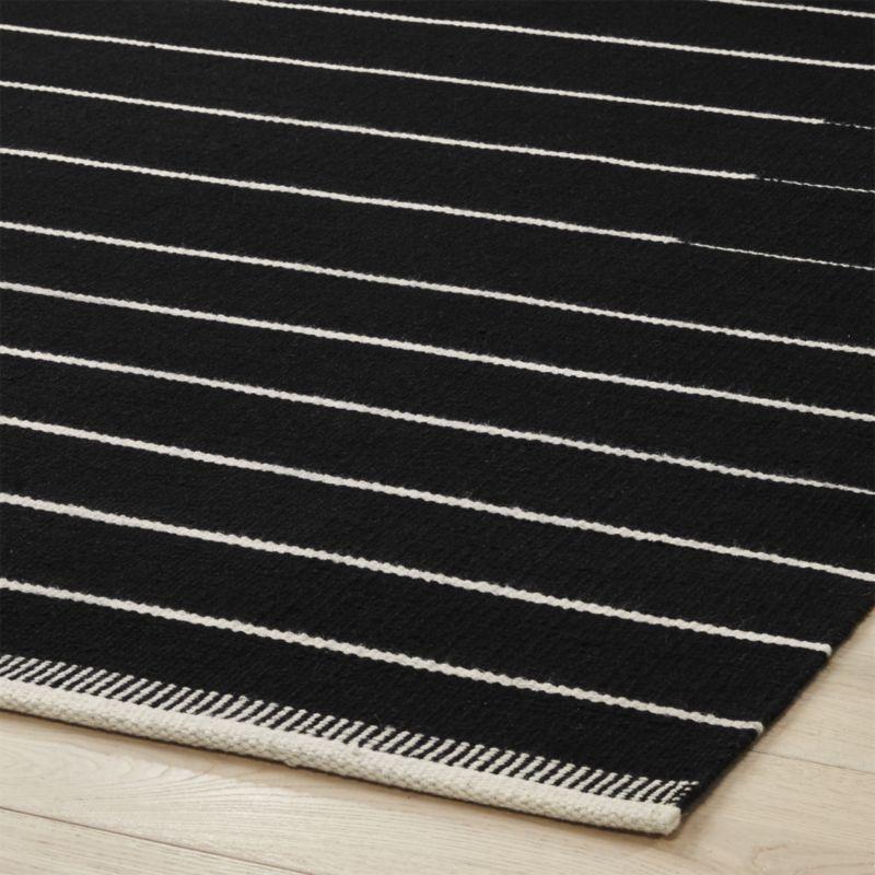Black with White Stripe Rug 8'x10'