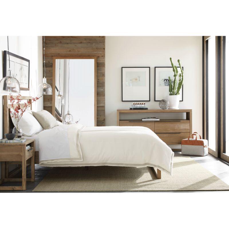 Linea II Natural Queen Bed