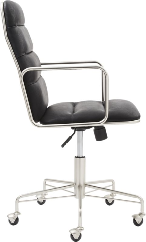 Mad Black Executive Chair