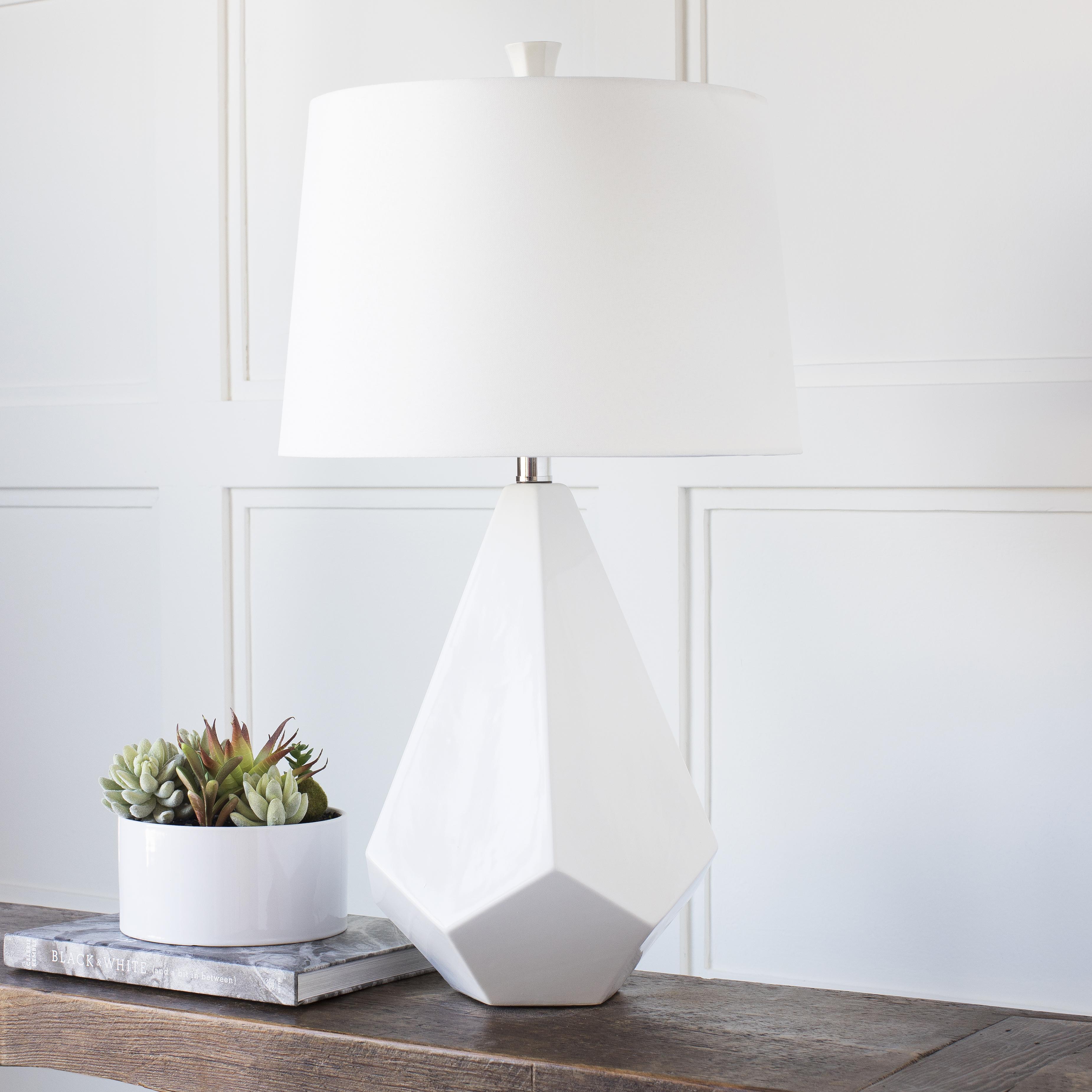 Lamp 27 x 17 x 17 Table Lamp