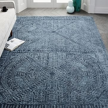Maze Rug, 8x10, Shadow Blue