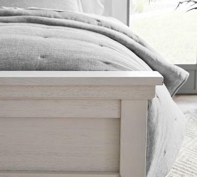 Farmhouse Bed, King, Montauk White / King