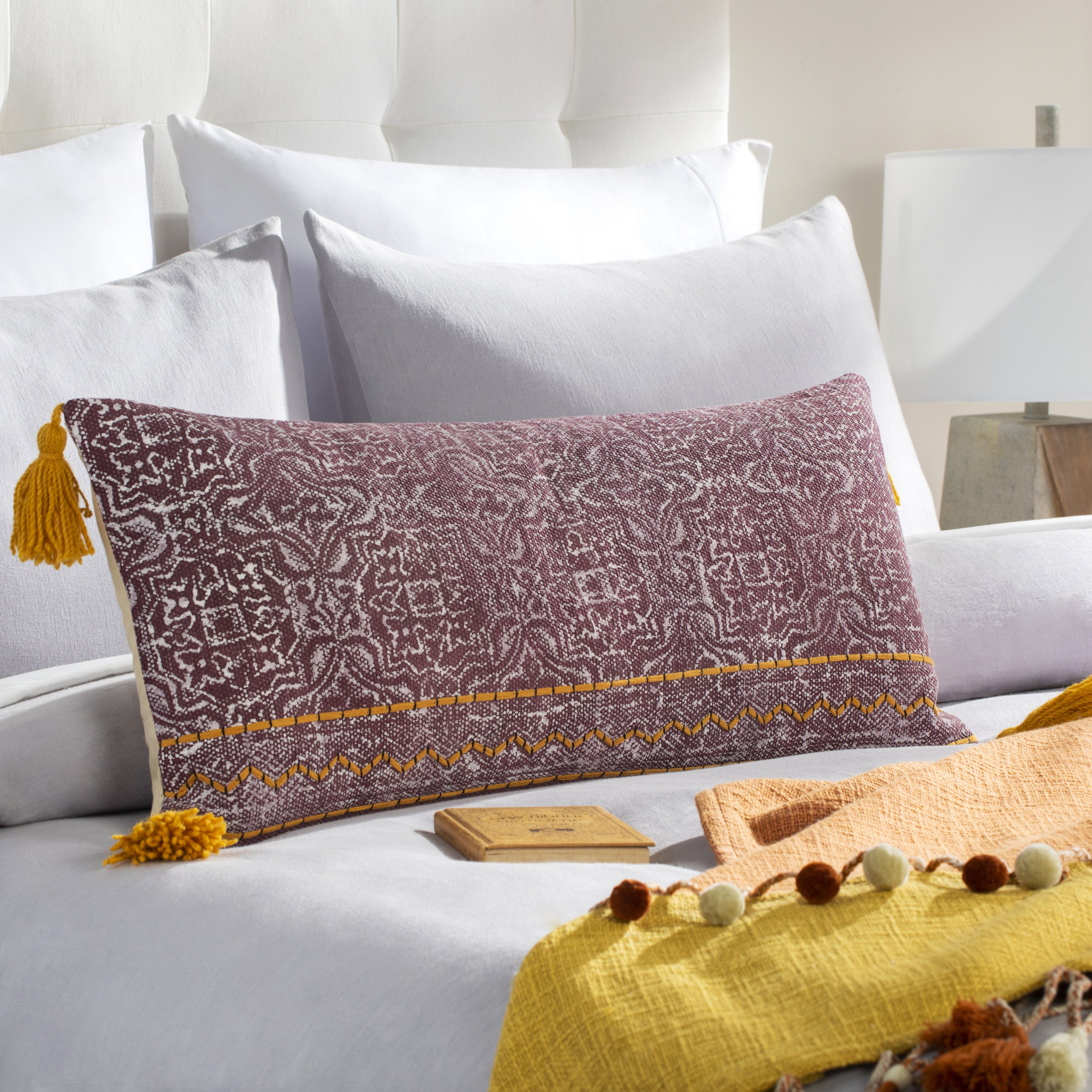 """Dayna - DYA-002 - 14"""" x 32"""" - pillow cover only"""