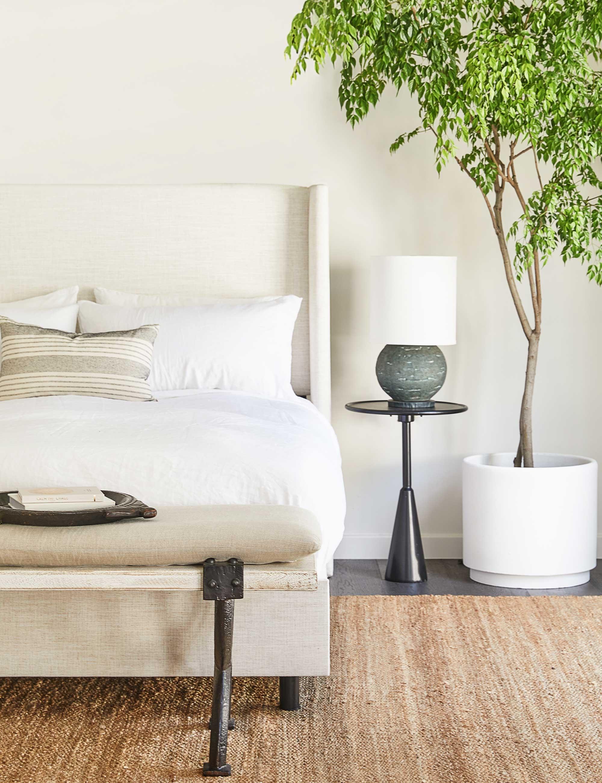 Adara Linen Bed, Talc Queen