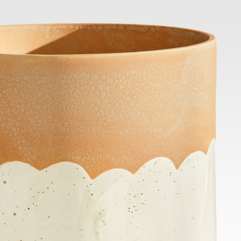 Simani Footed Two-Toned Planter