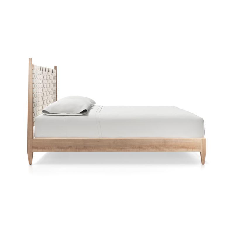 Rio Queen Bed