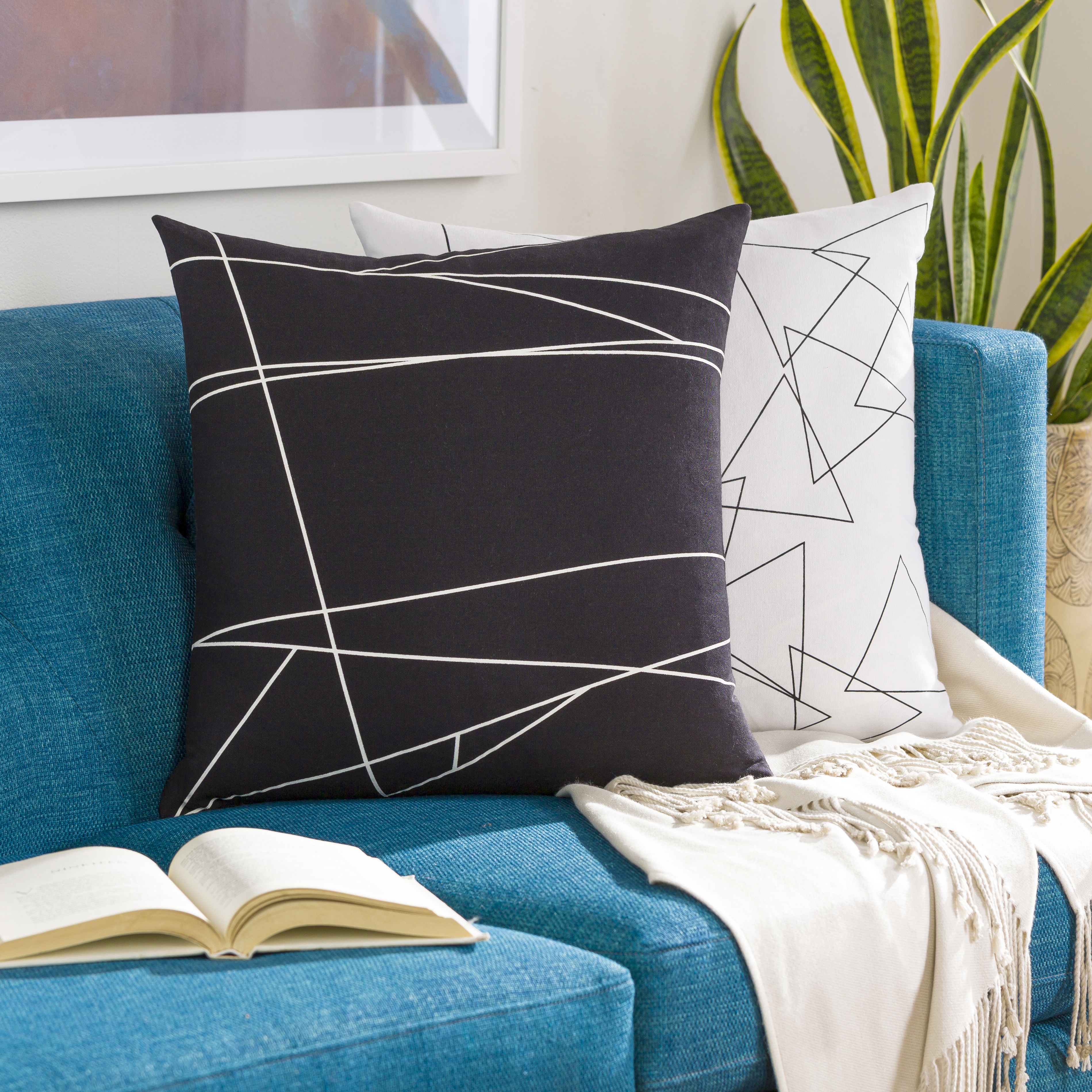"""Graphic Punch - GPC-004 - 18"""" x 18"""" - pillow cover only"""