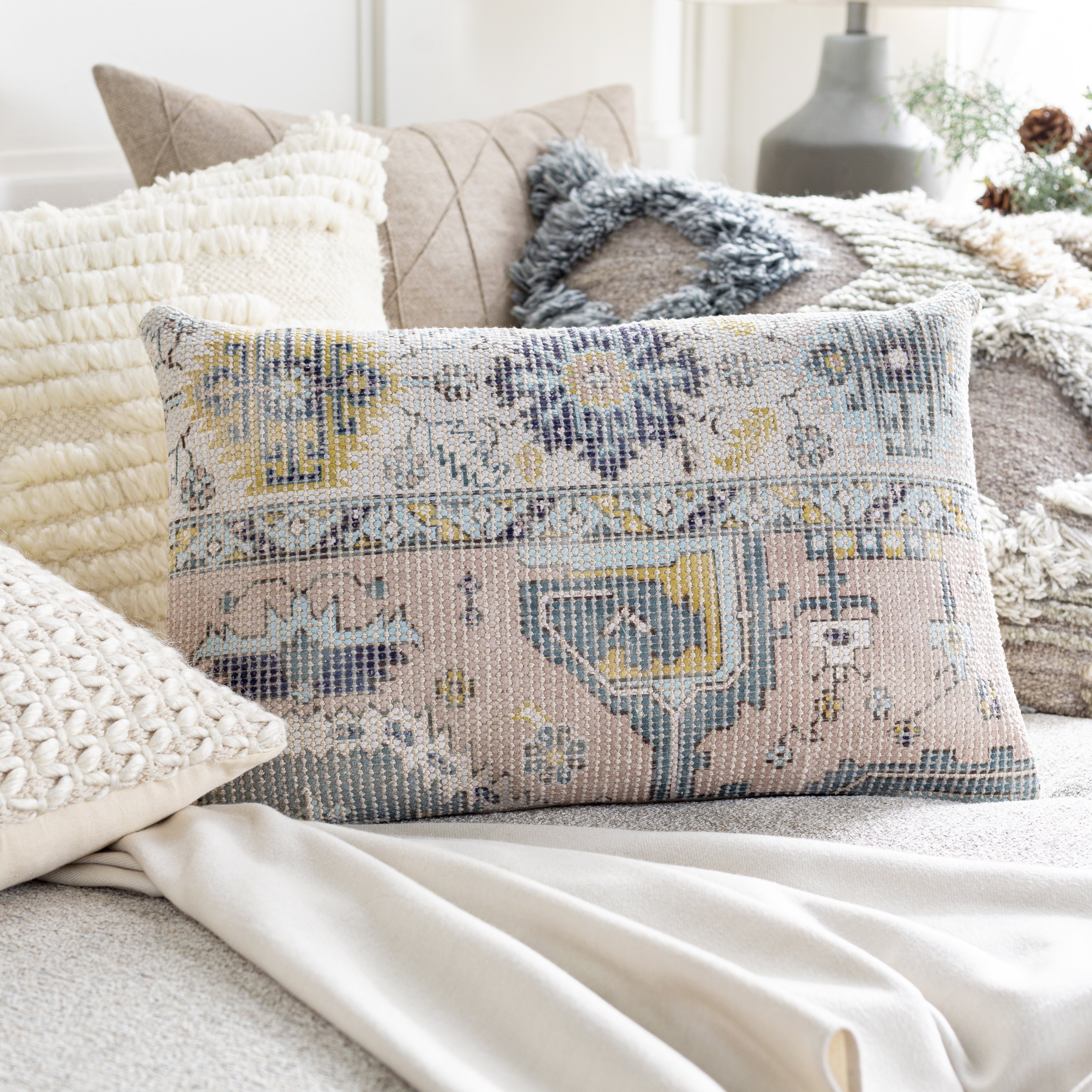 """Samsun - SMU-006 - 20""""H x 20""""W - pillow cover only"""