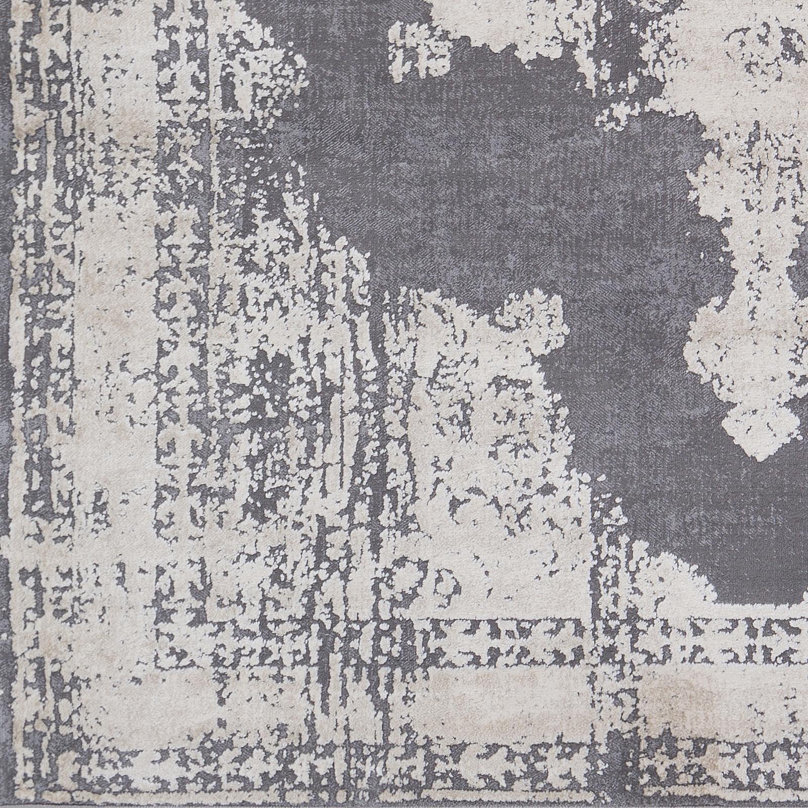 Tibetan - 2' x 3' Area Rug