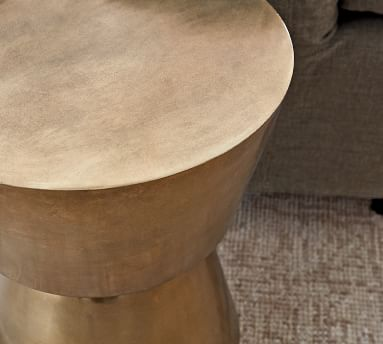 """Shae 13.5"""" Round Metal Accent Table, Antique Brass"""