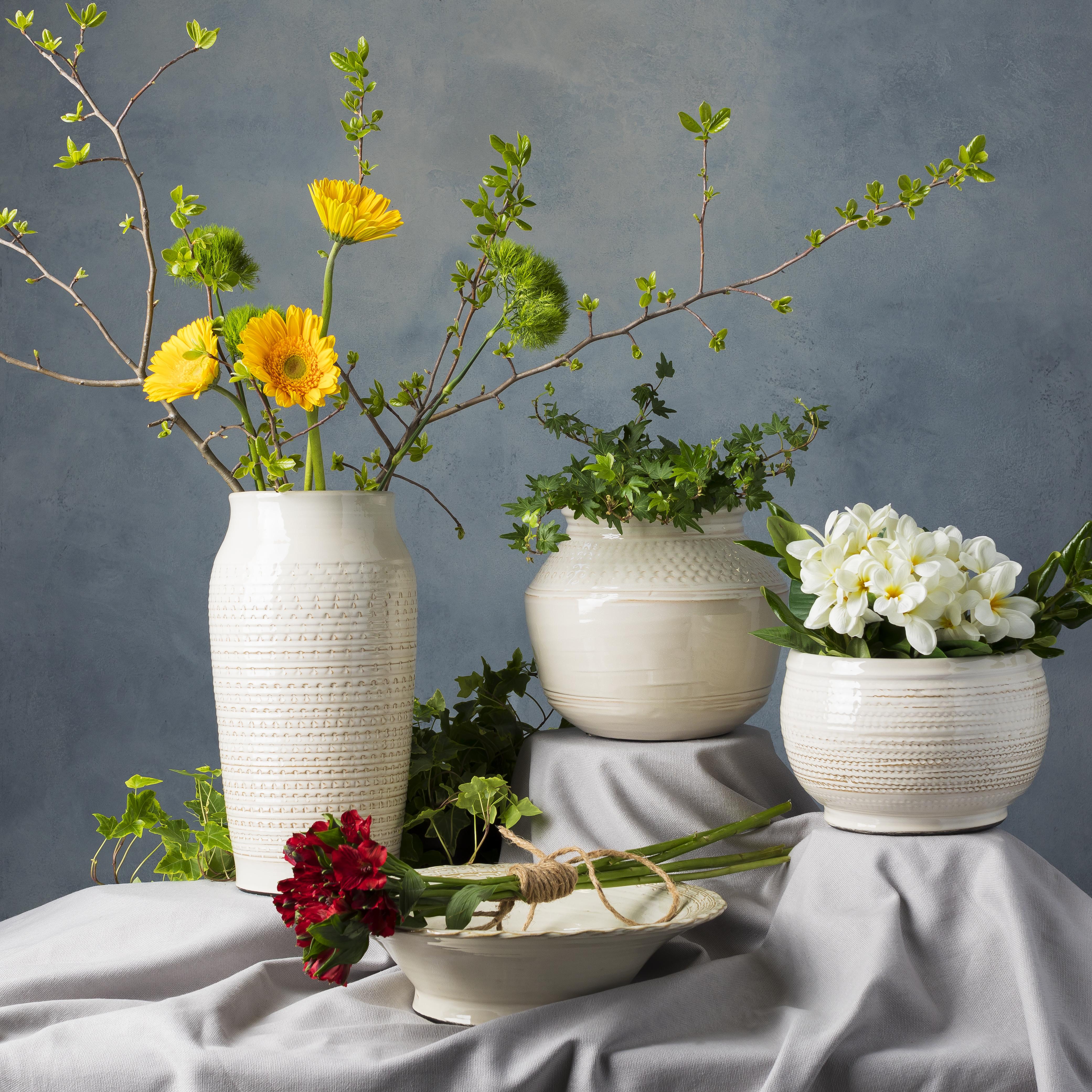 Piccoli 10.63 x 10.63 x 8.86 Table Vase