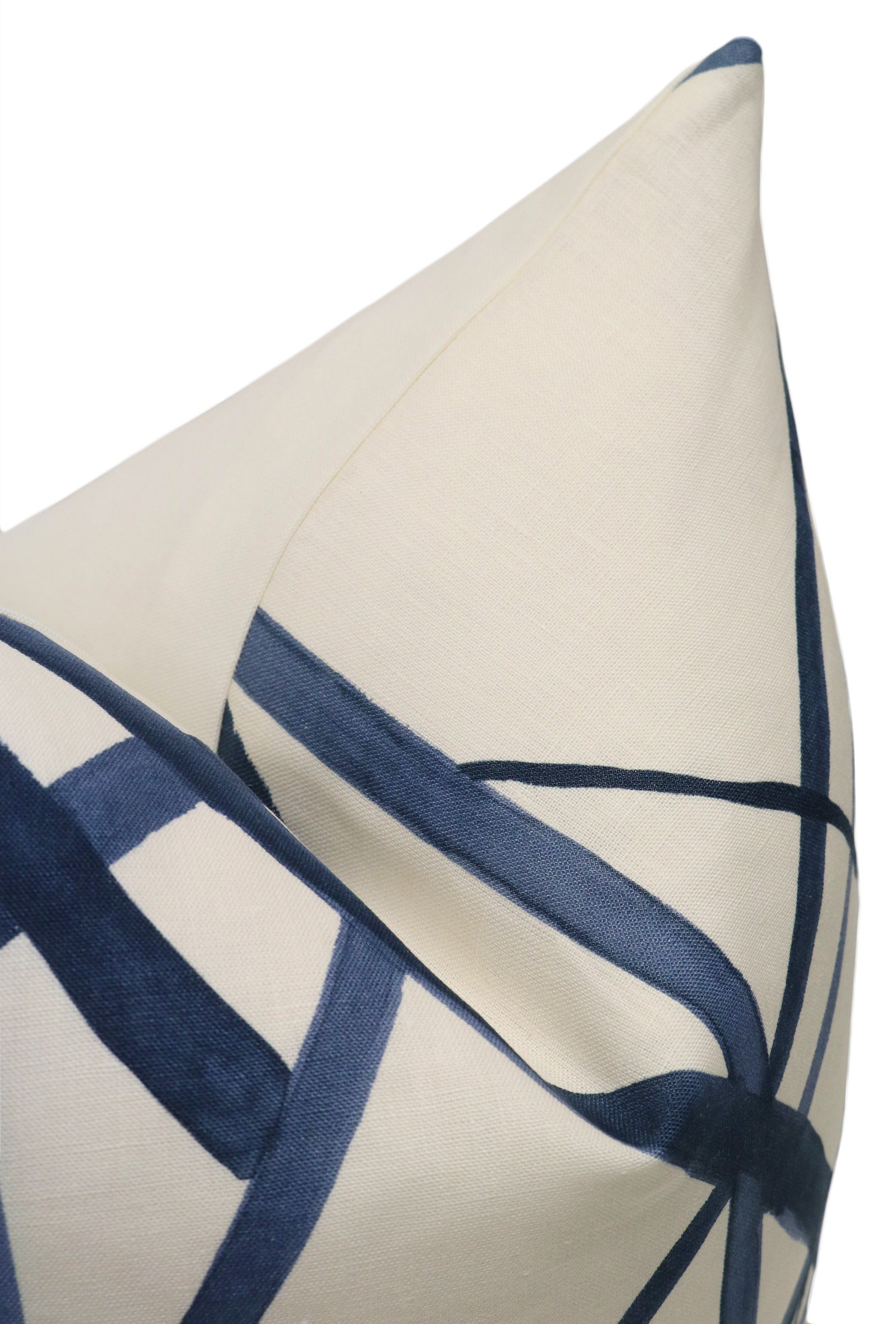 """Channels Pillow Cover, Periwinkle, 20"""" x 20"""""""