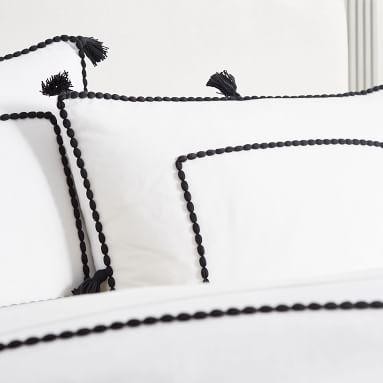 Chambray Tassel Duvet Cover, Full/Queen, Black/White