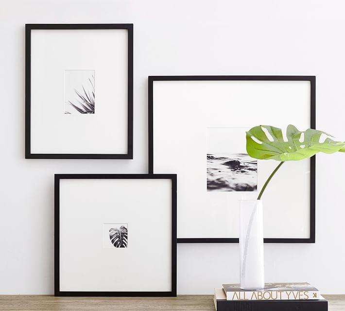 "Wood Gallery Oversized, 25"" x 25"", Black"