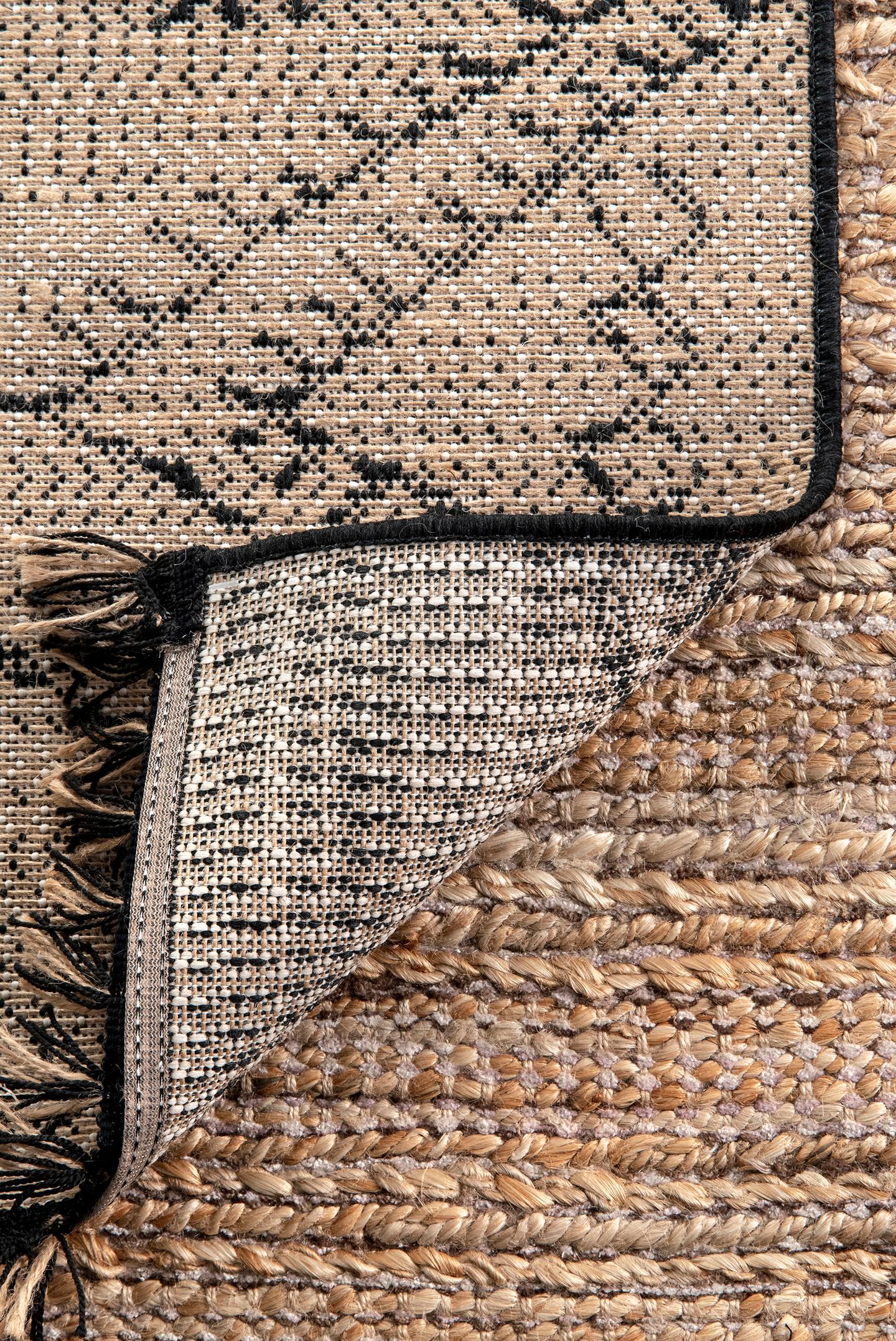 Indoor/Outdoor Modern Moroccan Norah Area Rug