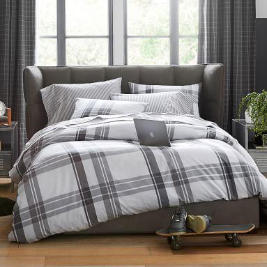 Upholstered Glove Platform Bed, King, Vegan Leather Caramel, MTO