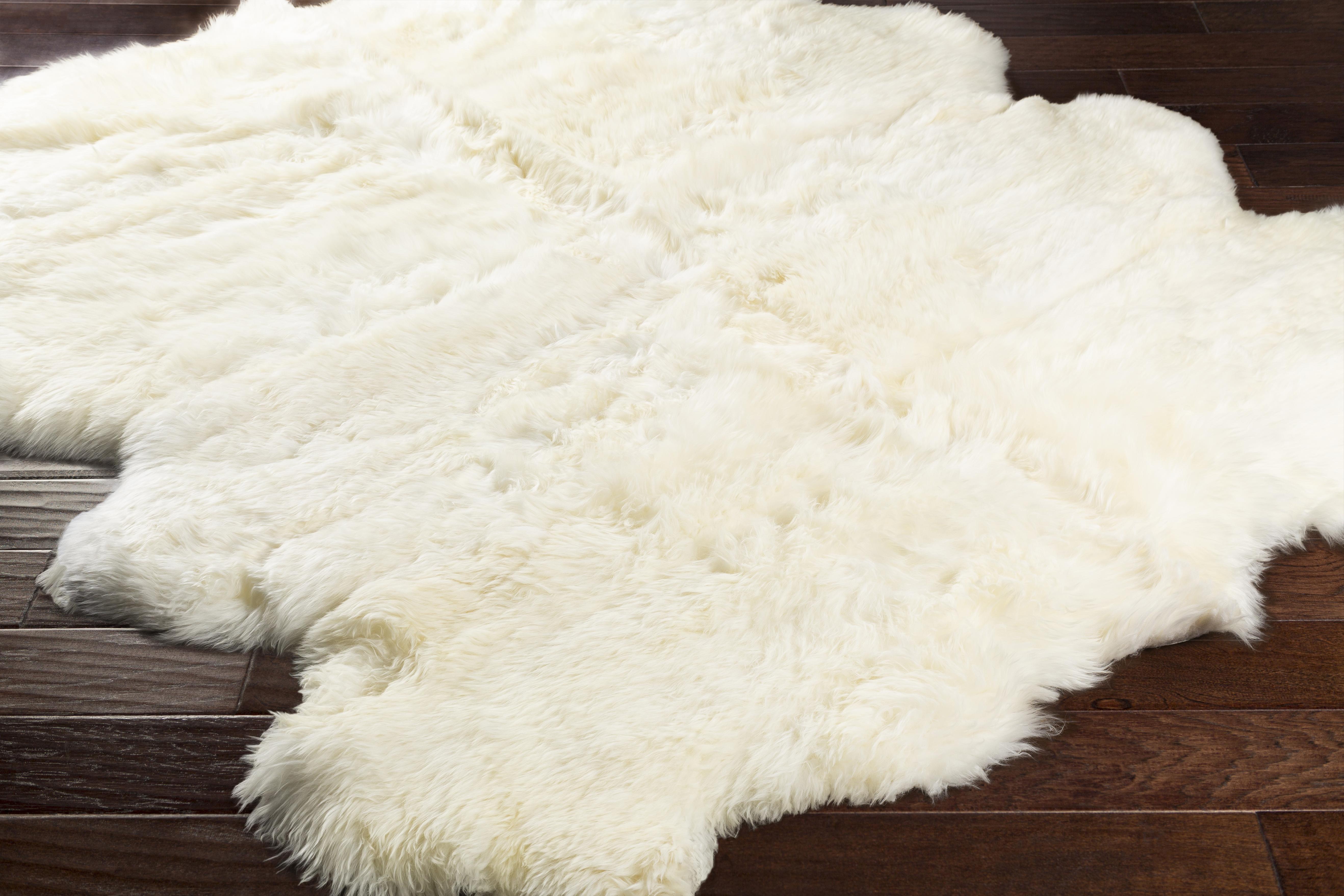 Sheepskin 2' x 3'