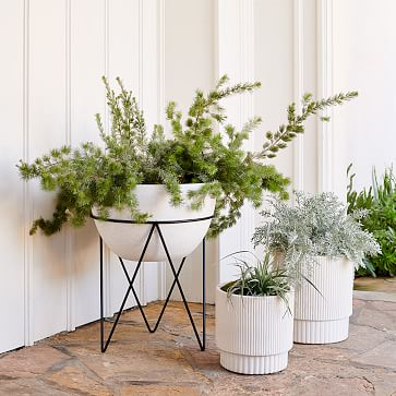 Iris Indoor/Outdoor Planter on Stand, Large