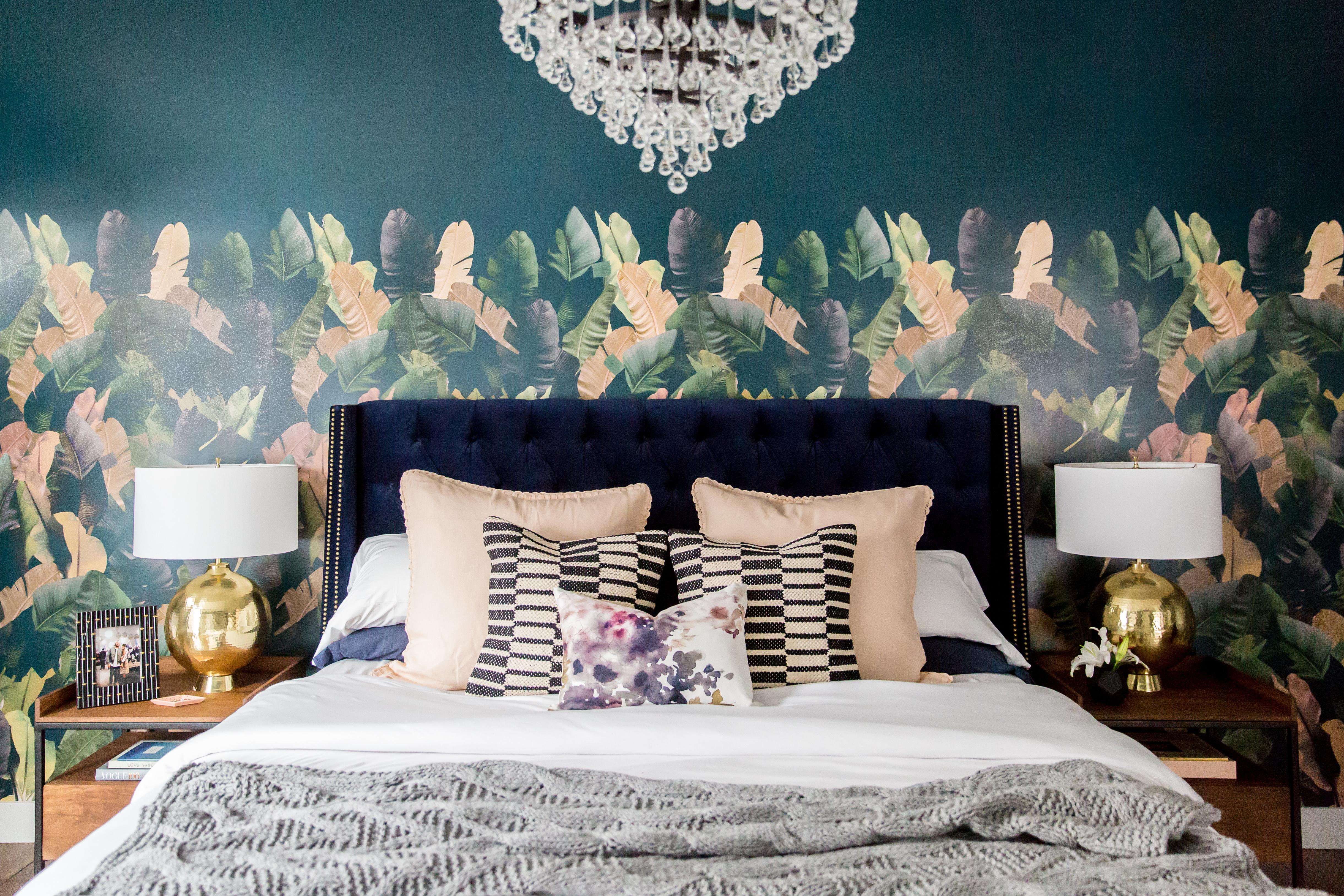 Admina Tufted Bed, Navy King
