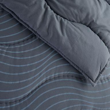Kelly Slater Make Waves Quilt, Full/Queen, White/Ocean Blue