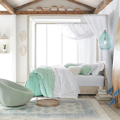 Costa Canopy Bed, Full, Weathered White