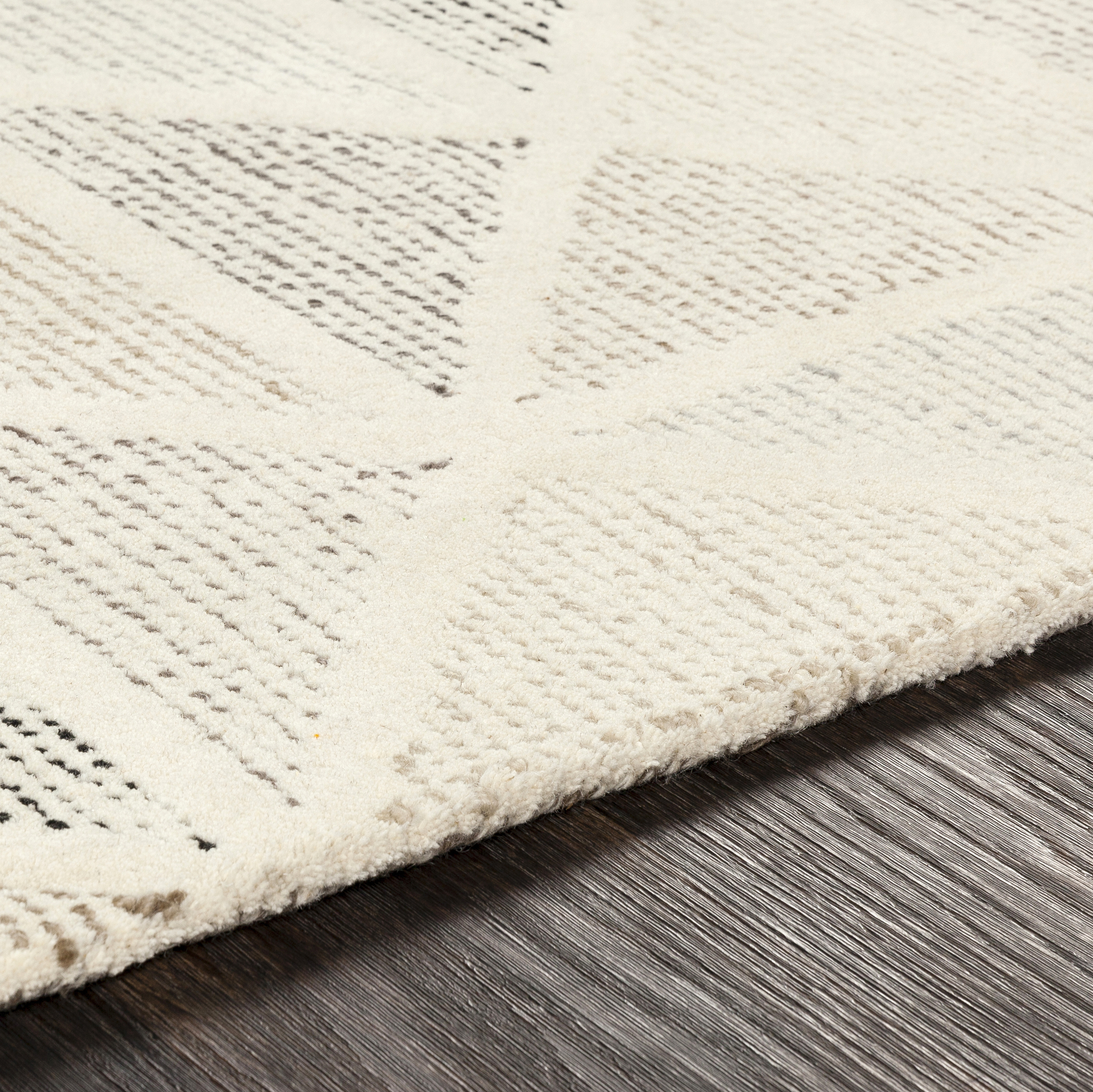 Melody 2' x 3' Area Rug