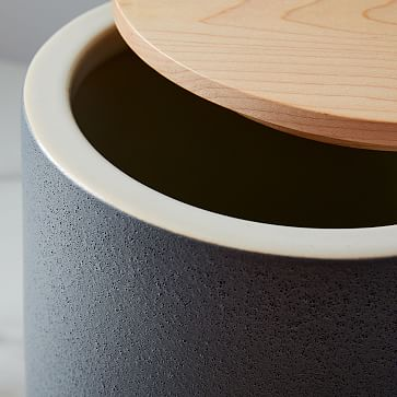 Kaloh Kitchen Storage Jar, Small, Black