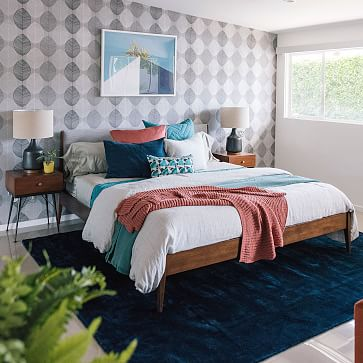 Modern Show Wood Bed, King, Feather Gray